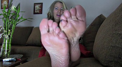 Mom foot, Mature feet