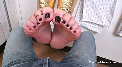 Footjob, Mature feet