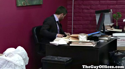 Gay office, Muscle