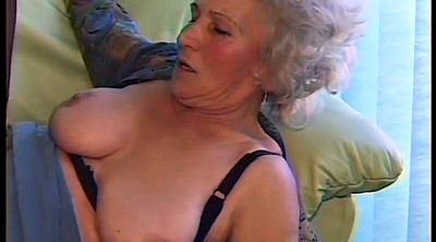 Mom, Milf, Hairy mom, Hairy amateur