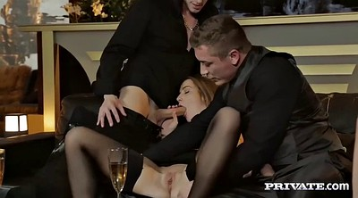 Alexis crystal, Orgy anal