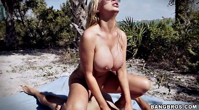 Beach, Nikki benz