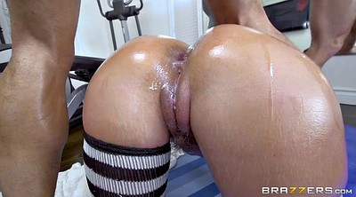 Gaping holes, Phoenix marie, Gym