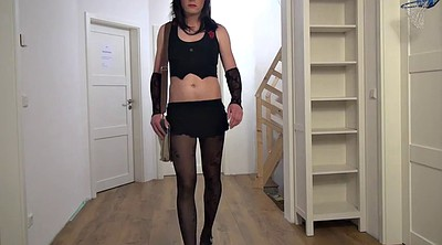 Crossdressing, Crossdresser