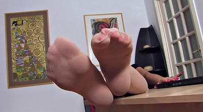 Nylon feet, Nylon foot