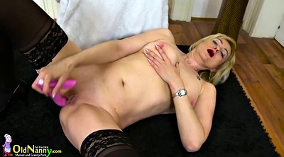 Granny solo, Shaved mature