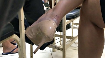 College, Shoeplay, Milf feet, Tatoo, Dangling, Candid feet