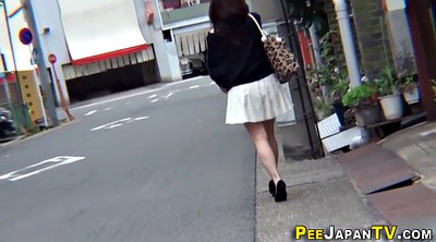 Piss, Voyeur pee, Asian outdoor