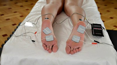 Foot torture, Electro, Old foot
