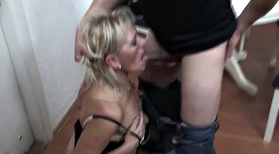 Mommy, Mature anal