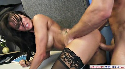 Peta jensen, Boss, At work