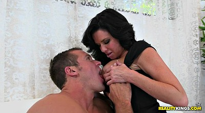 Veronica avluv, Seduced
