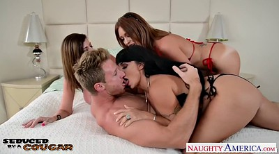 Sara jay, Puma, Holly halston