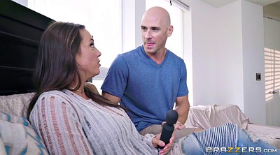 Abigaile, Johnny sins, J mac, Johnny