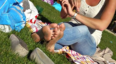 Candid, Sole, Outdoors