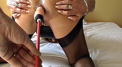 Mature dildo, Machine anal