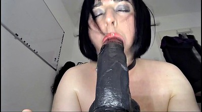 Crossdresser, Giant, Gag