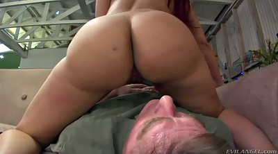 Facesitting, Kelly, Mom handjob, Kelly divine, Facesit, Mom ass