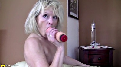 Peeing, Pissing mature, Pee hole, Old and, Mature piss, Granny piss