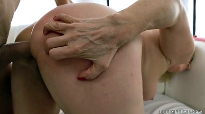 Anal granny, Hairy anal