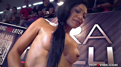 Squirt, Squirting orgasm, Squirting