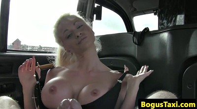 Taxi, Between tits