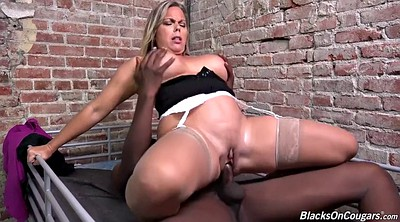 Big mom, Sexy mom, Amber lynn, Sexi moms, Mom sexy, Amber