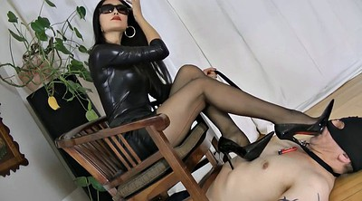 Smoking, Mistress t