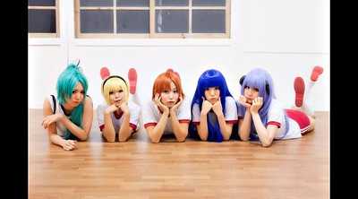 Japanese cosplay, Cosplay babes