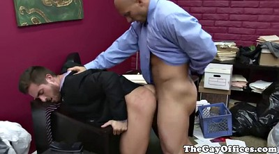 Muscle, Office masturbation