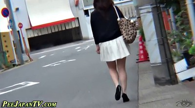 Pissing, High heels, Japanese piss, Asian piss, Japanese pissing, Japanese in public