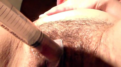 Pumping, Hairy wife