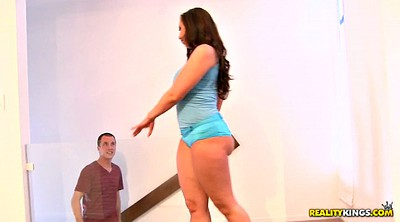 Kelly divine, Round ass