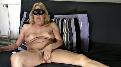 Hairy mature, Shaved show
