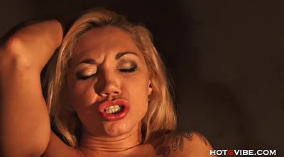 Licking squirt, Milf squirt