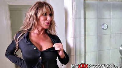 Hot mom, Shower mom