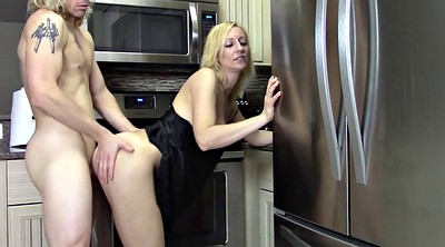 Mom, Mom creampie