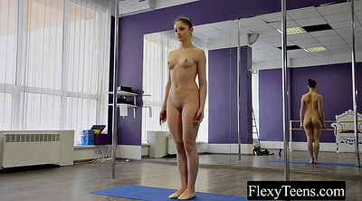 Yoga, Striptease