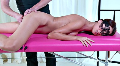 Pussy massage, Table