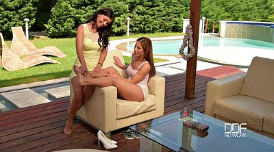 Lesbian foot, Foot licking, How to