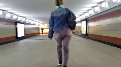 Round ass, Moves