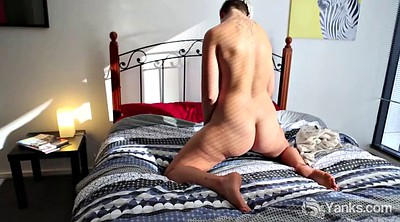 Steele, Amateur masturbation