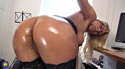 Big ass mom, Sexy mom, Mom ass, Big ass mature, Mature big ass, Ass big