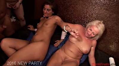 Mature gang bang, Swingers