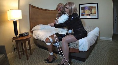 Crossdresser, Crossdressing, Gay bondage, Brittany