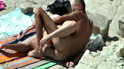 Swinger, Naked beach