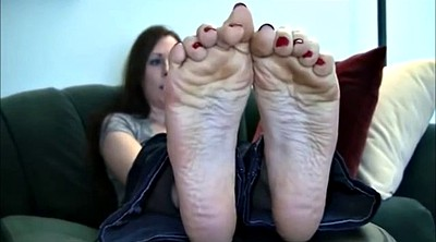 Creamy, Foot feet