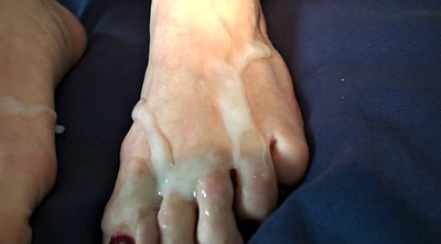 Foot job, Mature feet