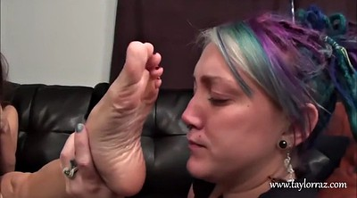 Mature feet, Foot worship