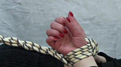 Bound, Girl foot